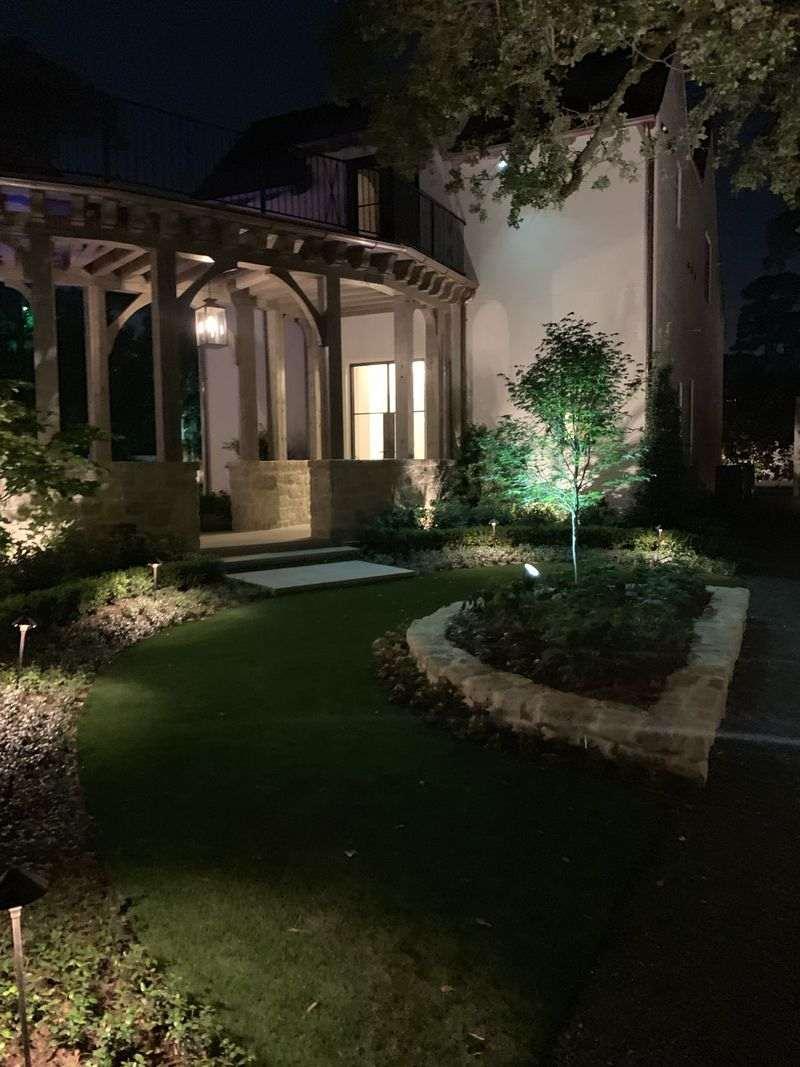 garden outdoor lighting