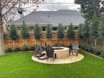 synthetic turf around a outdoor fire pit